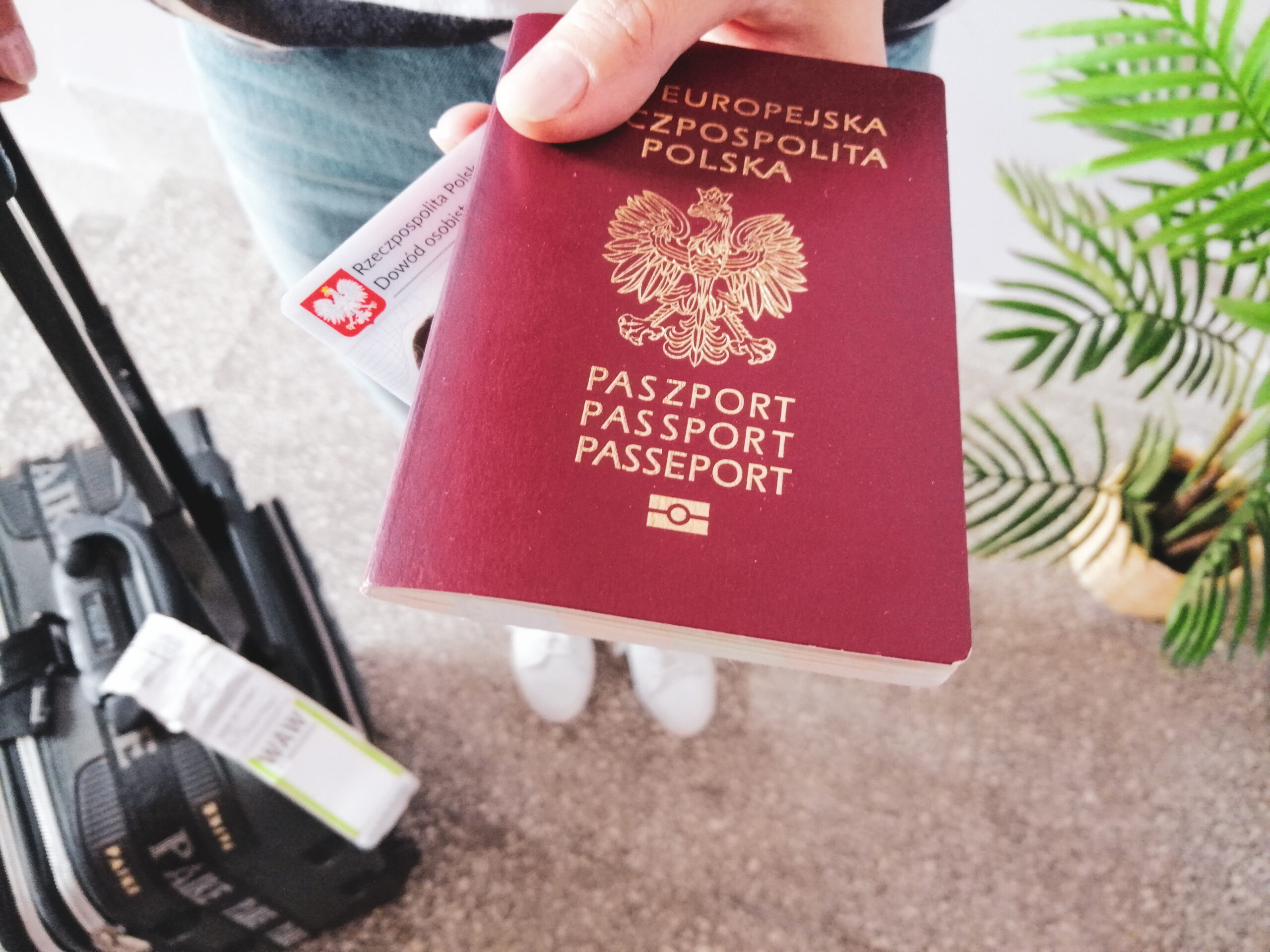 Najlepsze wakacje dowód czy paszport